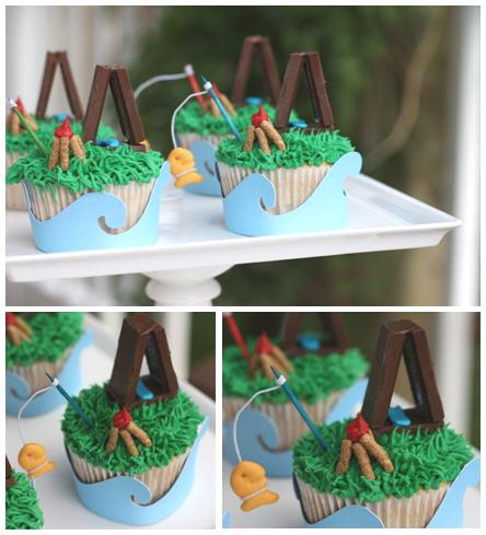 Camping out cupcakes with smores and tent1