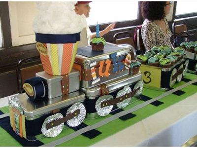 Diy train birthday party centerpiece
