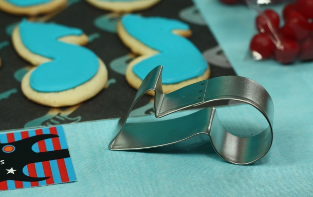 the-celebration-shoppe_rock-star-music-note-cookie-cutter
