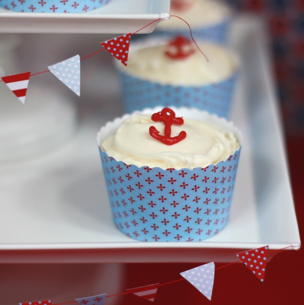 the-celebration-shoppe_little-sailor-choc-anchor-cupcake