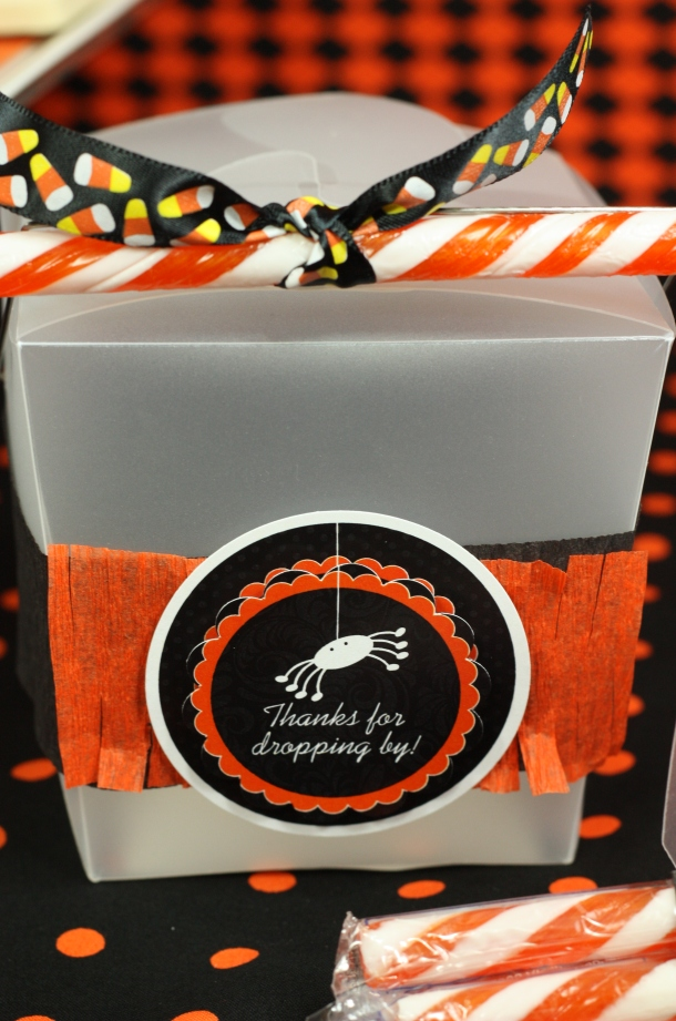 the-celebration-shoppe-candy-corn-collection_favorboxtagonly