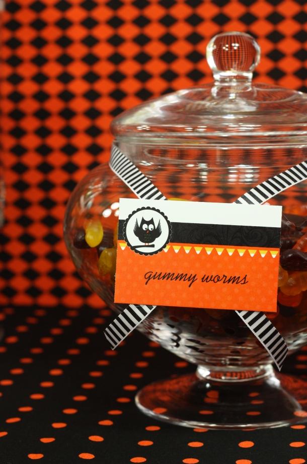 the-celebration-shoppe-candy-corn-collection_gummyworms