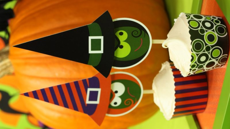 The celebration shoppe spooked pumpkin green purple witch sisters