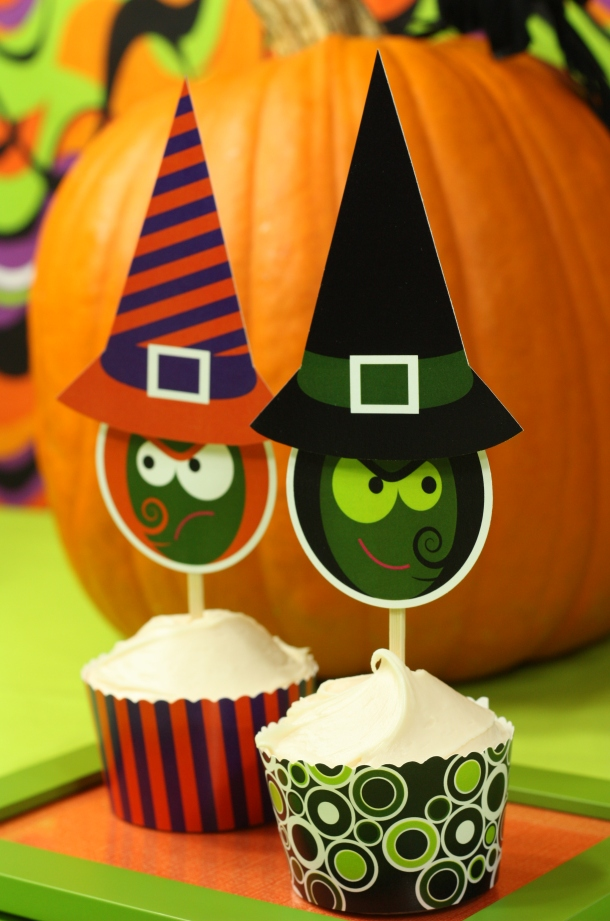 the-celebration-shoppe-spooked-pumpkin-green-purple-witch-sisters