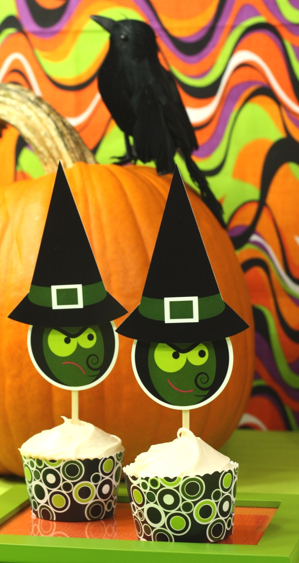 the-celebration-shoppe-spooked-pumpkin-green-witch-sisters1