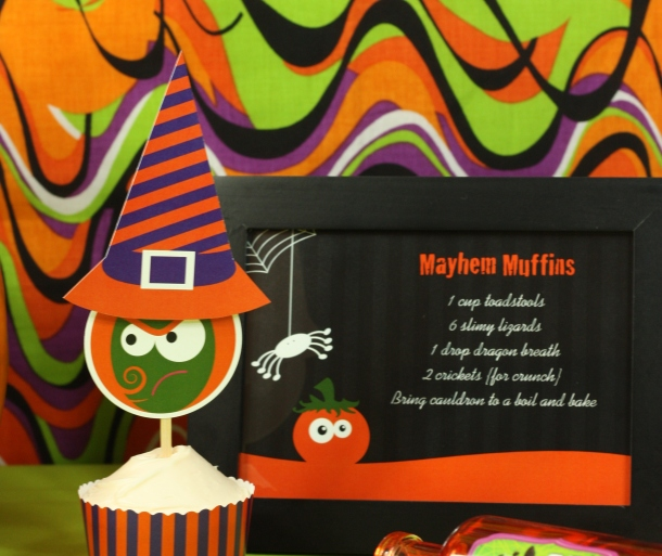 the-celebration-shoppe-spooked-pumpkin-purple-witch-w-mat