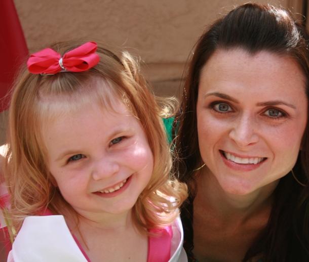 customer-suzy-princess-ava-and-mom