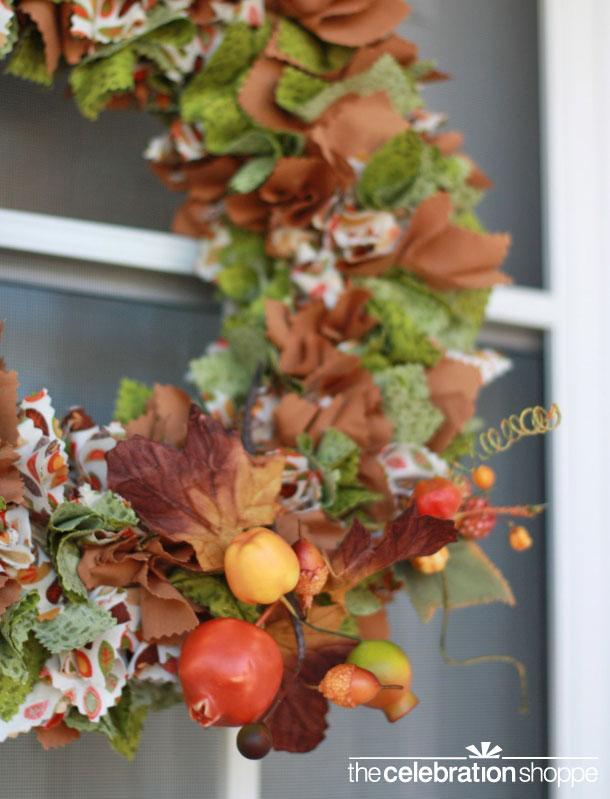 diy-fabric-fall-wreath-craft-2