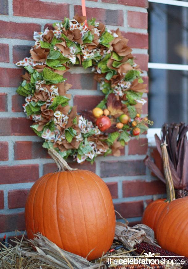 diy-fabric-fall-wreath-craft