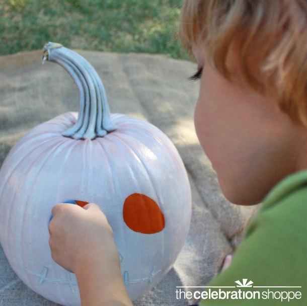 spooky-skeleton-pumpkin-c-wl
