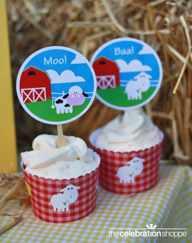 the-celebration-shoppe-farm-animal-cupcakes