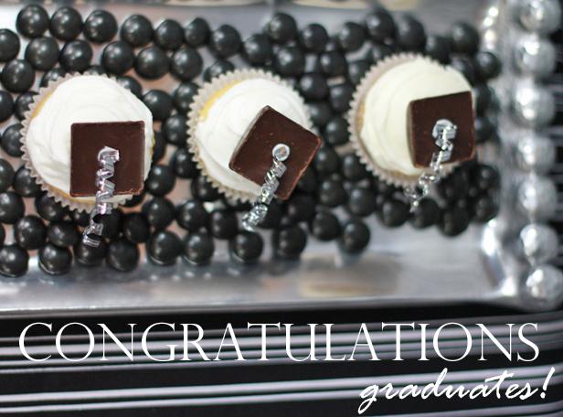 The celebration shoppe mini morterboard cupcakes 2