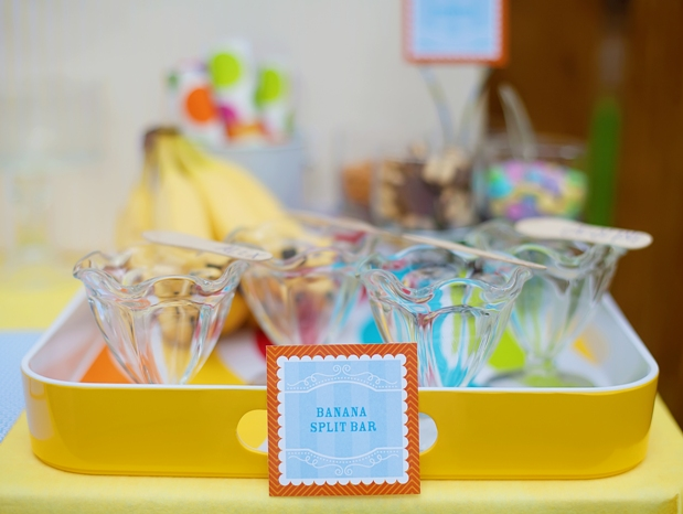 The celebration shoppe ice cream party banana split bar