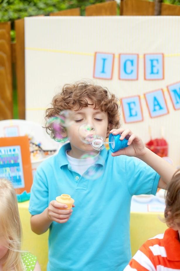 The celebration shoppe ice cream party bubble favors