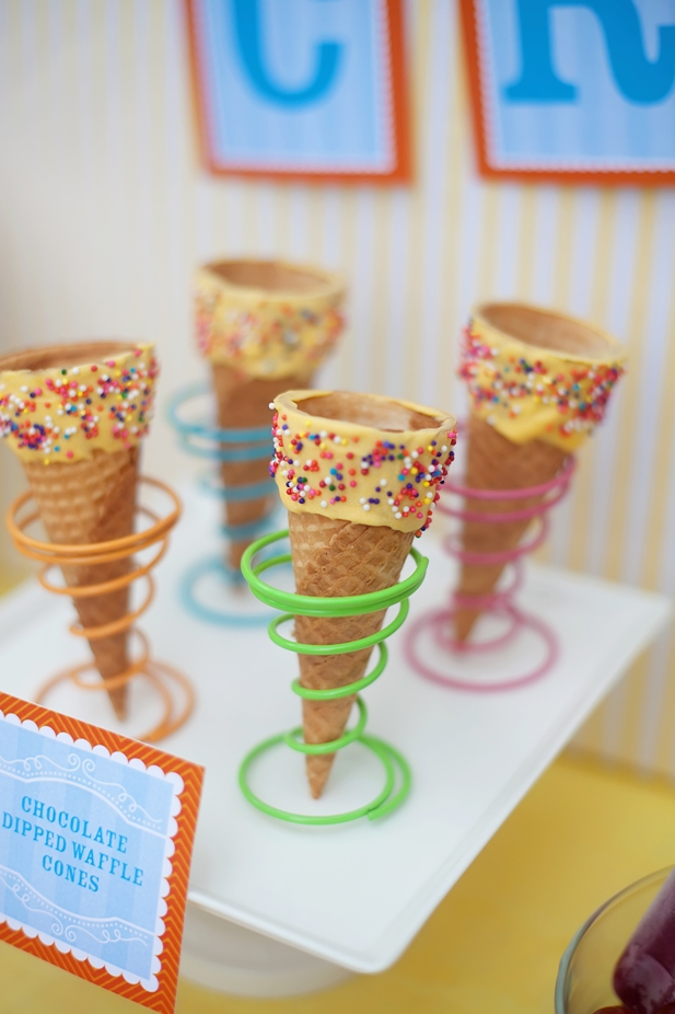 The celebration shoppe ice cream party chocolate dipped cones