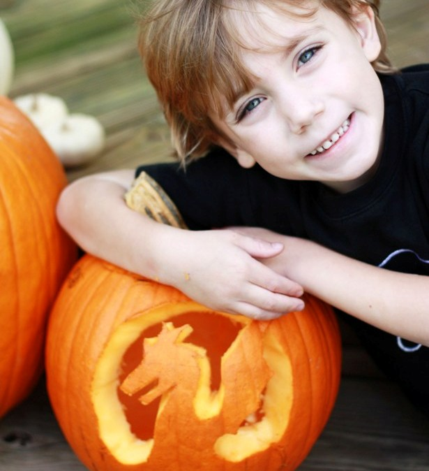 The celebration shoppe carving dragon pumpkins 2