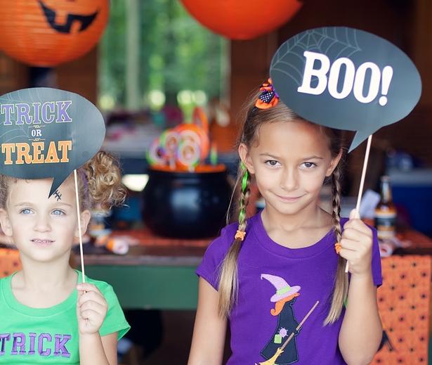 The celebration shoppe halloween photo props