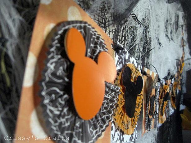 DIY Mickey Halloween Banner | Kim Byers