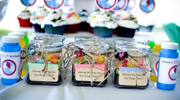 Real kite birthday party favors