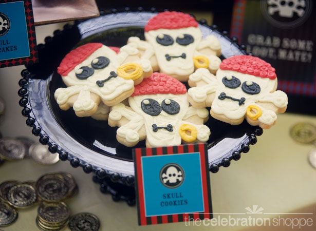 The celebration shoppe pirate party skull cookies wl