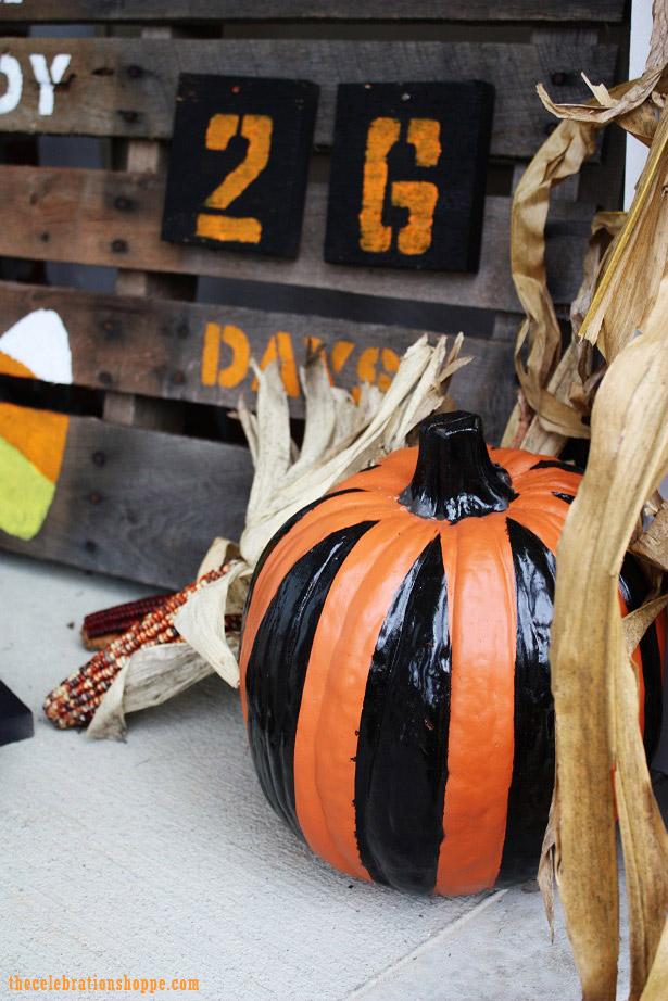 Countdown to Halloween Pallet | TheCelebrationShoppe.com