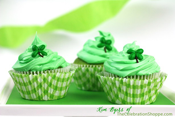 St. Patrick's Day Cupcakes | Kim Byers, TheCelebrationShoppe.com