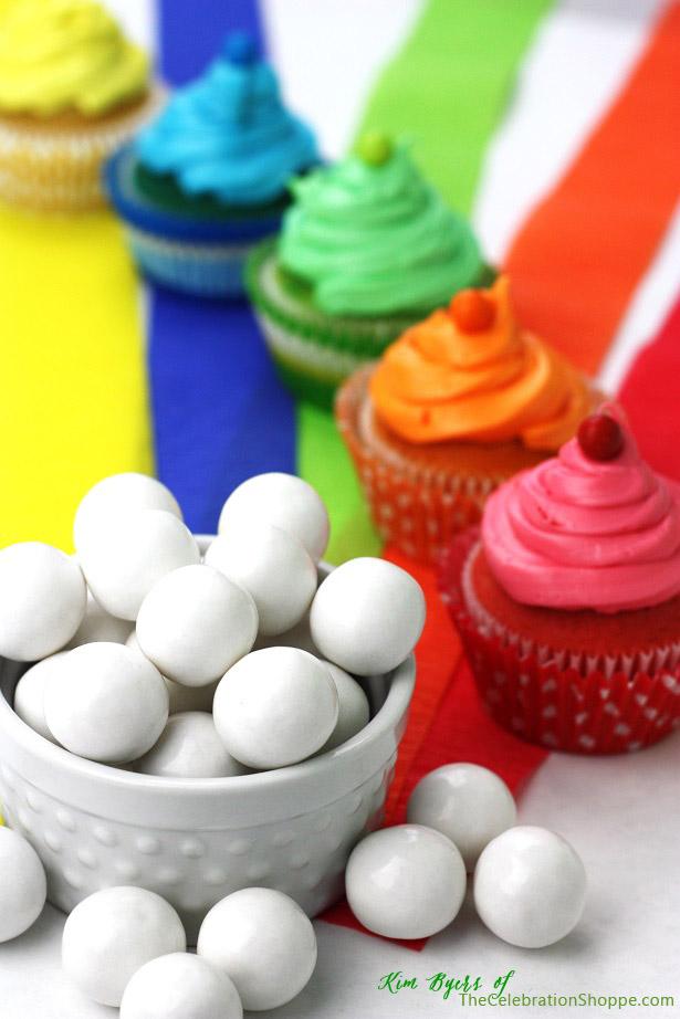 Rainbow Cupcakes for St. Patrick's Day | Kim Byers, TheCelebrationShoppe.com