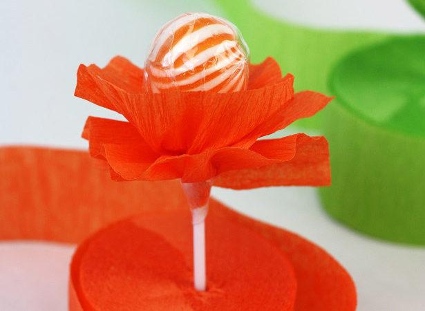 4 kim byers crepe paper flower lollipops 3853wt2