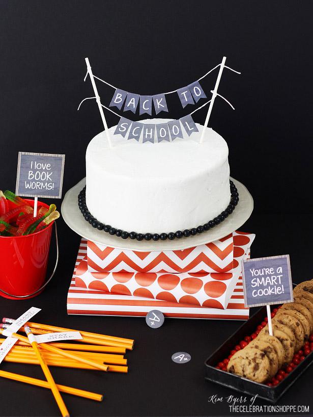 1 back to school cake bunting kim byers 3901
