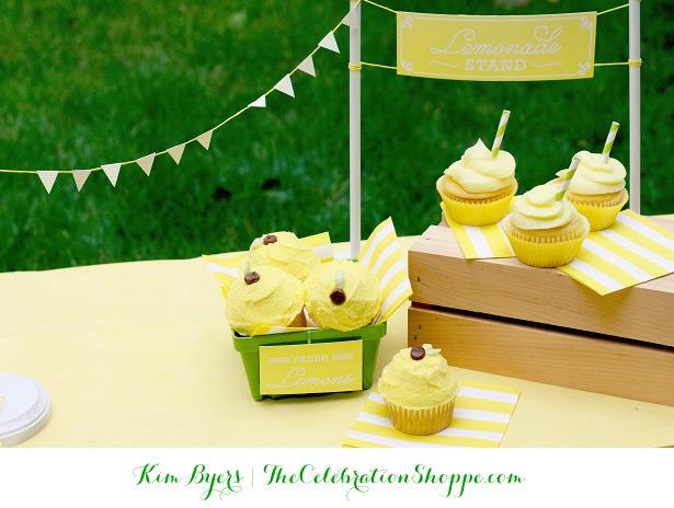 Lemon and Lemonade Cupcakes + Free Printables   @kimbyers of TheCelebrationShoppe.com
