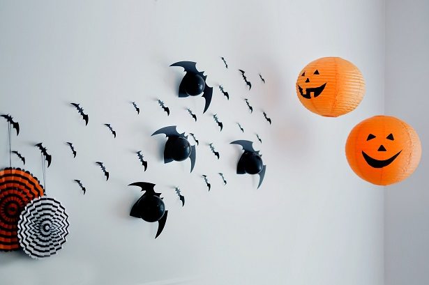 Halloween Party Ideas with DIY Wall of Bats | Kim Byers