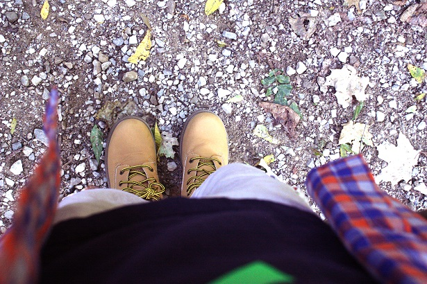 Fall hiking boots with Famous Footwear | Kim Byers #ohsofamous #kidfashion