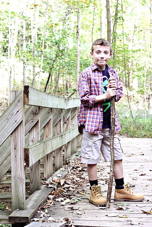 Kid Hiking Boots For Fall | Kim Byers and Famous Footwear #ohsofamous