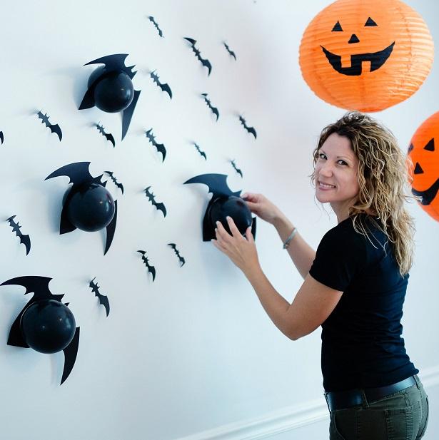 DIY Wall of Balloon Bats + Free Templates | Kim Byers, TheCelebrationShoppe.com