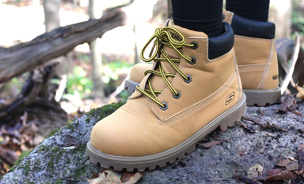 Fall hiking boots with Famous Footwear | Kim Byers #ohsofamous