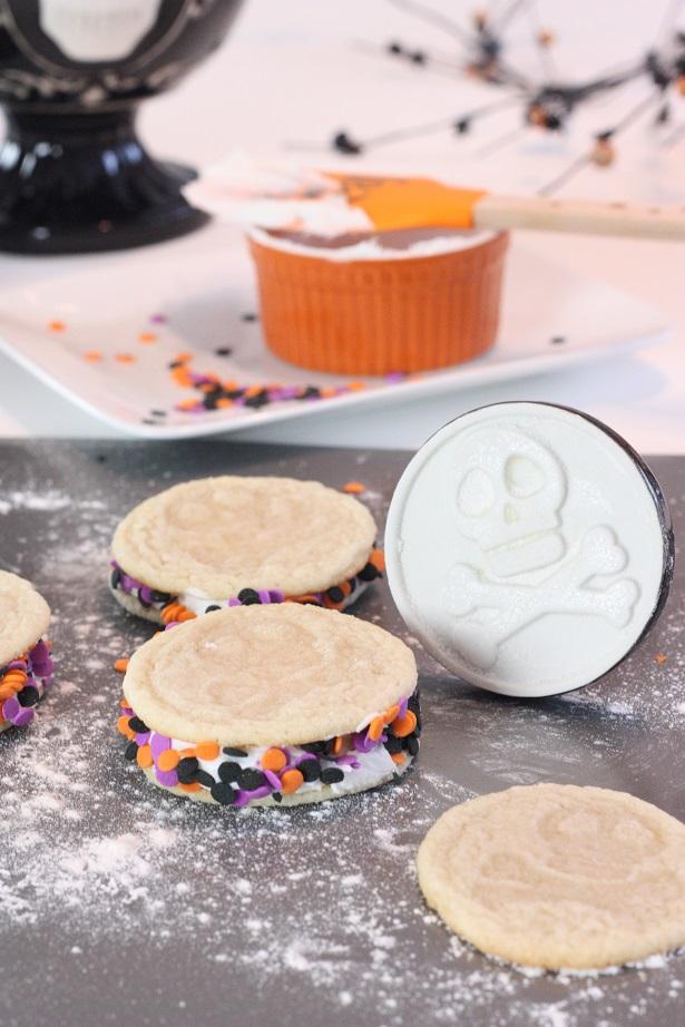 7 skull cookies kim byers 6012sm
