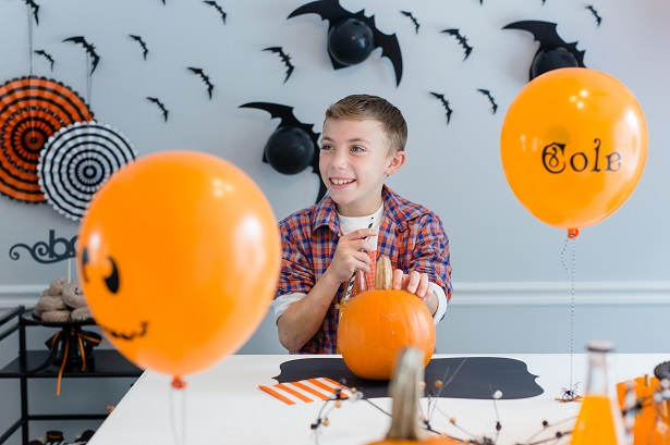 DIY Balloon Placecards | Kim Byers