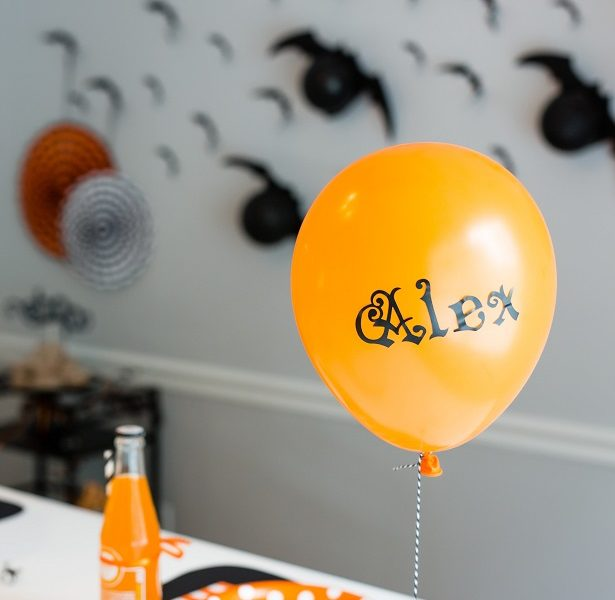 Halloween party placesetting kim byers