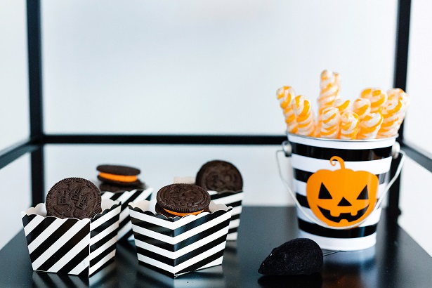 Halloween Treat Cart | Kim Byers, TheCelebrationShoppe.com