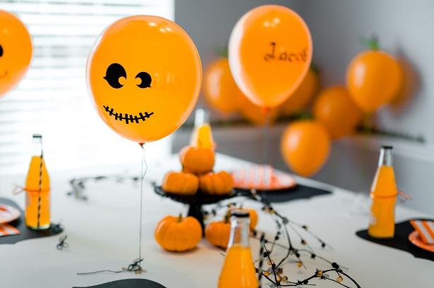 DIY Balloon Jack-o-Lanterns | Kim Byers, TheCelebrationShoppe.com