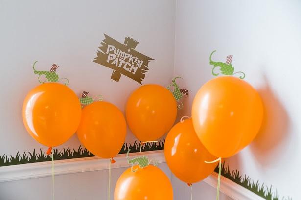 DIY Pumpkin Patch Balloons | Kim Byers