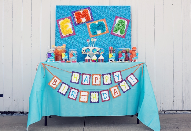 10+ Party Ideas for an Art themed birthday | @kimbyers TheCelebrationShoppe.com