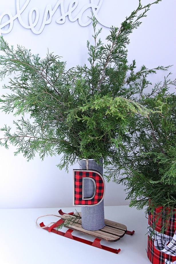 Make A Plaid Christmas Container   Kim Byers