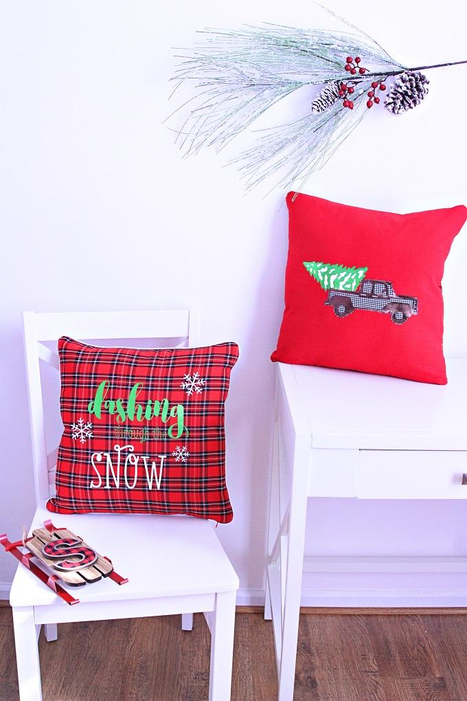 1 diy christmas pillows kim byers 8873 680