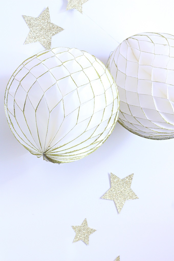 Classic Gold and White Party   Kim Byers