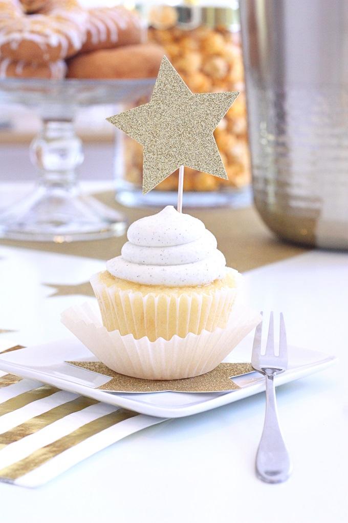 Vanilla Bean Star Cupcakes   Kim Byers