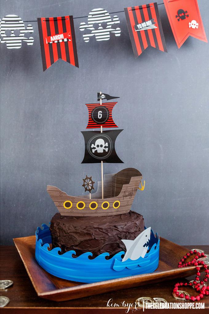 Decorate A Pirate Cake | Kim Byers