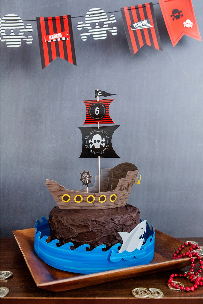 Pirate cake kim byers 0067 680