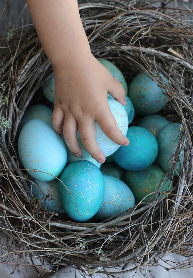 Best Easter Egg Decorating Ideas Robin Egg | Honestly Yum
