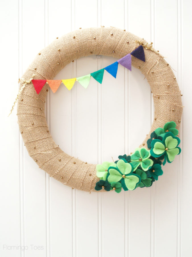 Lucky St. Patrick's Day Wreath | Flamingo Toes